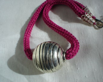 Tricotin necklace, textiles necklace, jewelry textiles