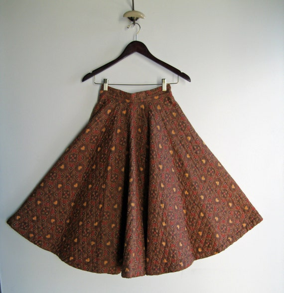 1950's Brown Handmade Midi Quilted Circle Skirt with Heart Design in Red Yellow Blue and White XSmall