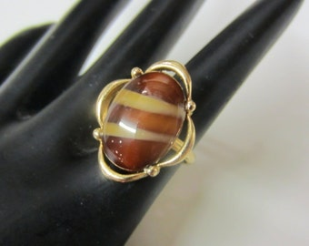 SALE!! 1970s Sarah Coventry Faux Tiger's Eye Glass Stone Brown Tan Stripes Gold Tone Adjustable Band Cocktail Ring