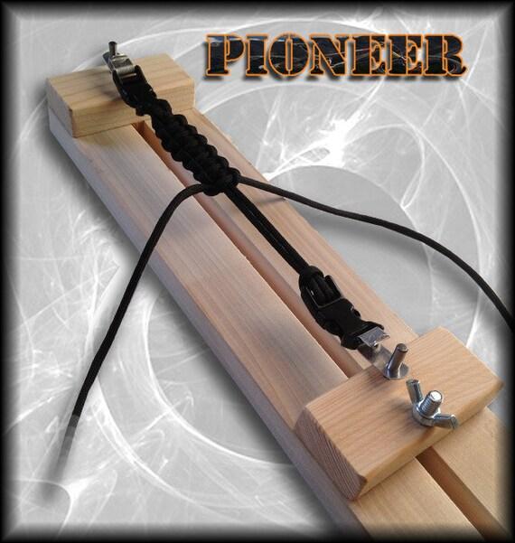 Items Similar To Pioneer Paracord Jig Bracelet Key
