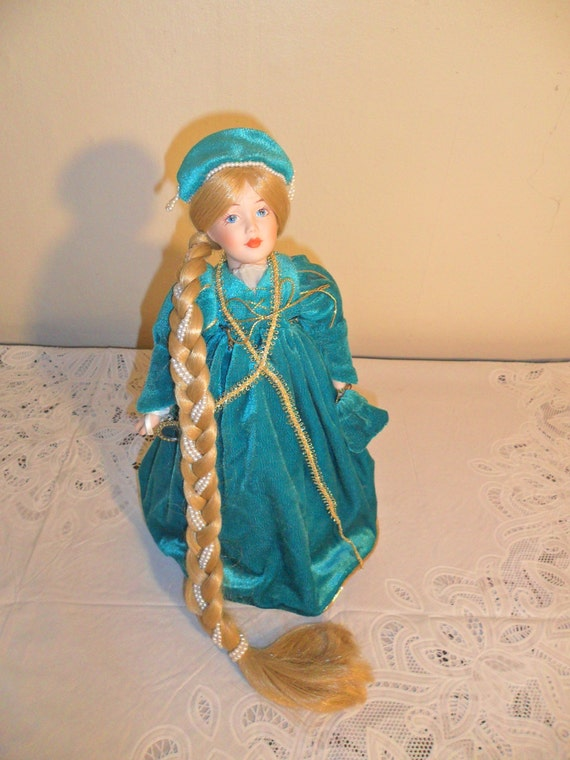Vintage Storybook Collection Rapunzel Doll By The Danbury Mint