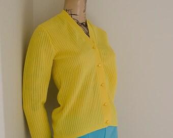 1970s Bright Yellow Vintage Retro Cardigan