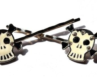 Enamel Skull hairclips pair with black stone eyes - great quality
