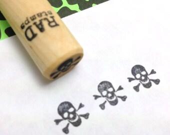 Tiny Skull & Crossbones Rubber Stamp -  Pirate, Jolly Roger, Punk, Rockabilly, Nautical, Tattoo