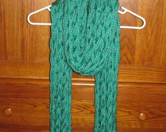 Loose Knitted Green Scarf