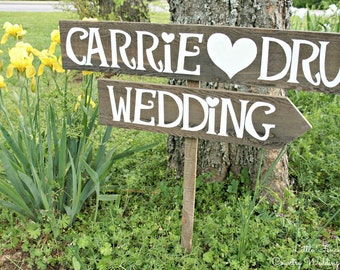 Arrow Wedding Sign, Wooden Arrow Sign, Rustic Wedding Signage, Beach Wedding Decor, Personalized Wedding Sign, Custom Arrow Sign