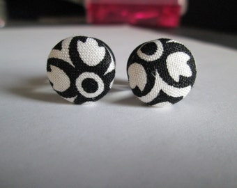 Black and White Brocade - Fabric Covered Button Plugs- Available in 0g, 00g, 7/16 in, and 1/2 in.