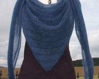 Knitting Patterns For Lightweight Shawls : Triangle shawl Etsy