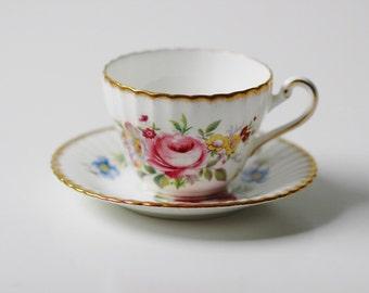 """Paragon England pink rose floral tea cup & saucer set with gold trim 2.5"""""""