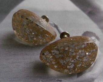 Vintage 50s Confetti Lucite Earrings Sparkling Glitter Gold Silver Screw Back Teardrop Atomic Jewelry