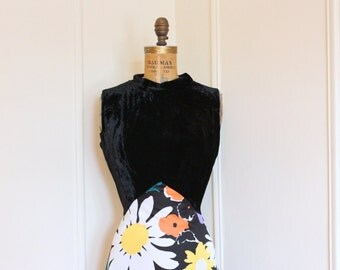 1970s Black Velvet and Bright Floral Maxi Dress - size large