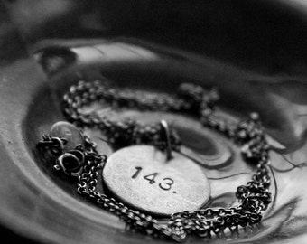 143 (I Love You): numerical secret message (round) - necklace