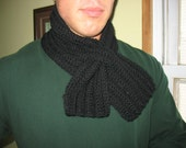 Loop Neckwarmer, Crocheted - Black Unisex