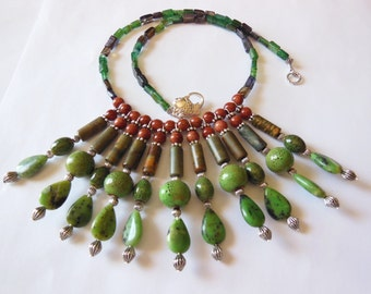 Green beauty Chrysoprase  statement necklace 449