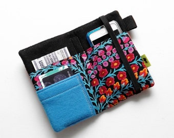 Womans wallet pretty handmade iPhone 5 wallet gift for woman flowers ipod case iphone 4 case cell phone wallet camera case phone pouch tech
