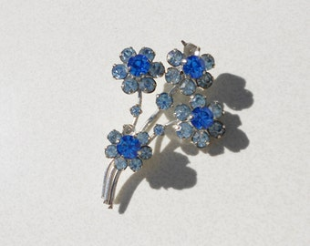 Vintage blue brooch, 1950s flower pin baby blues rhinestones and silver metal mid century jewelry