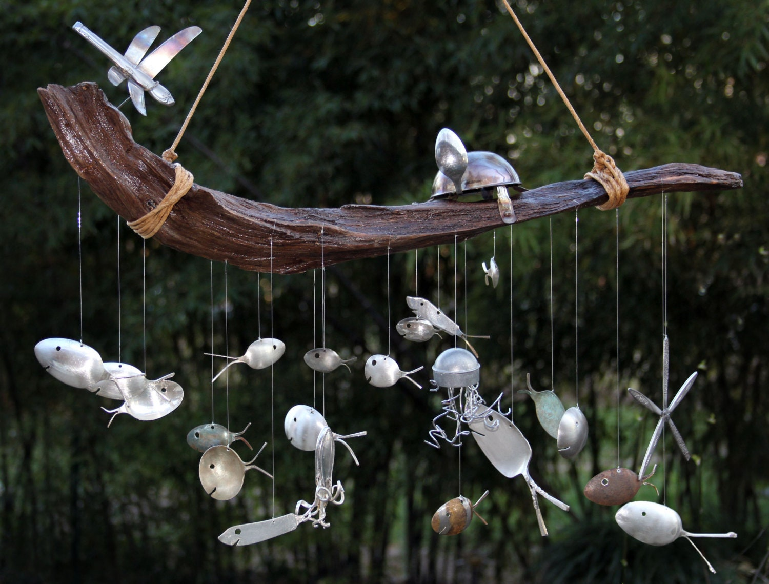 Beneath the sea series 2 spoon fish driftwood wind chime for Fish wind chimes