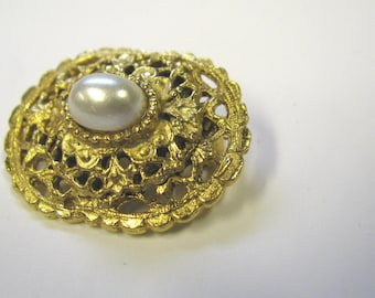 Vintage White Faux Pearl Filigree Oval Bar Brooch in Gold tone metal, Wear or repurpose
