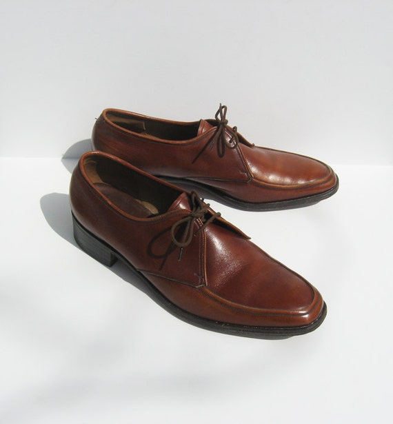 https://www.etsy.com/listing/128876901/vintage-size-9-mens-barker-dress-shoes?ref=br_feed_60&br_feed_tlp=men