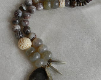 Druzy banded agate pendant w Botswana agate beads necklace , beaded jewelry , agate , unusual/ unique , neutral coffee & cream color jewelry