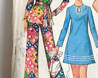 Vintage 1970s Pants and Mini Dress Pattern