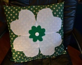 White Clover and Green Floral Pillow Cover, vintage fabric Irish shamrock 18 inches, St. Patrick's Day lucky felt, vintage button Spring