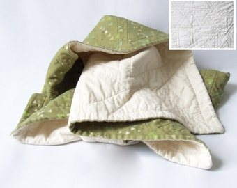 Made to order - organic cotton baby quilt - tiny triangles in forest and cream