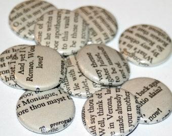 Shakespeare Magnet Set / Romeo and Juliet / Book Page Magnets / Shakespeare Magnets / Book Lover Gift / Stocking Stuffer / Bookish
