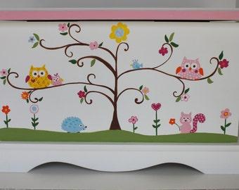 Baby Keepsake Box Chest Memory Box personalized - Woodland animals - baby girl personalized shower gift hand painted