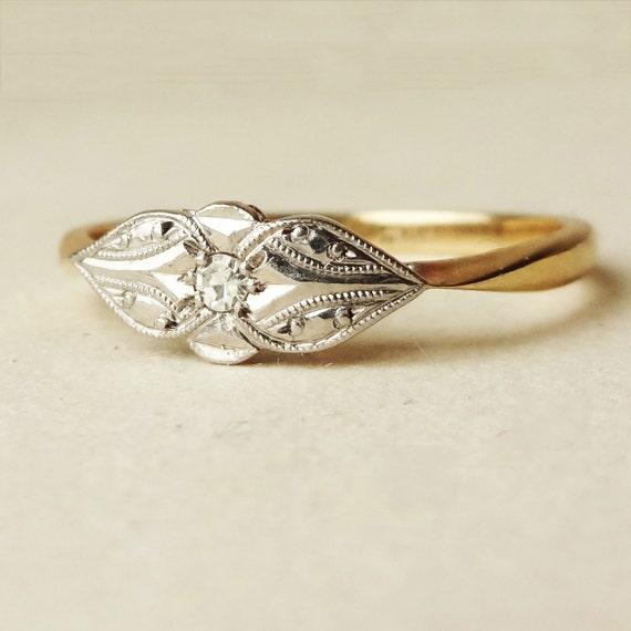 Art Deco Diamond Solitaire Teardrop Design Ring 1920 s