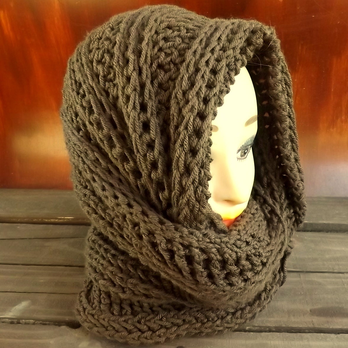 Hooded cowl pattern mobius cowl scarf crochet pattern hooded zoom bankloansurffo Image collections