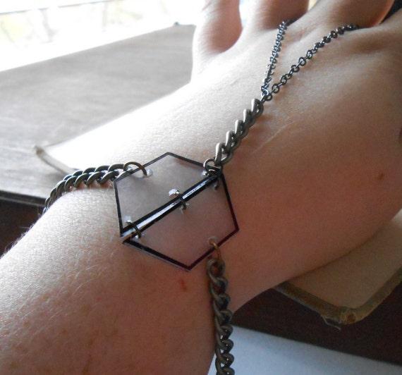 clear hexagon hand harness bracelet shrink plastic chains