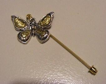 Fluttering Butterfly Stick Pin.........Lot 131