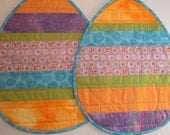 Set of 2 Coordinating Easter Egg Mini Quilts or Placemats, Table Topper - Ready to ship