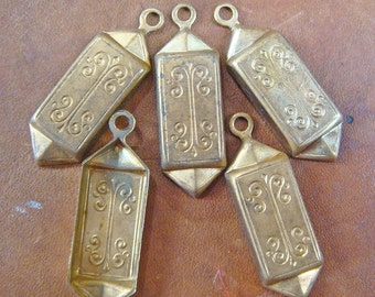 """Vintage Fancy Scrolly Stampings Dangles Charms Brass Lot of (20)  Jewelry Findings 1 5/16"""" jc  MORE AVAlLABLE"""