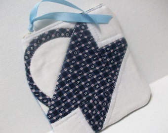 Quilted Little Case, blue, zippered pouch, zippered clutch, organizer, phone case, quilt block, navy, patchwork basket, cosmetic makeup case