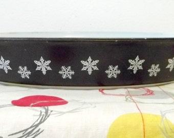 Crown Pyrex Charcoal Black Snowflake Oval Open Baker dish NO LID, 053 1.5 1 1/2 quart qt RARE