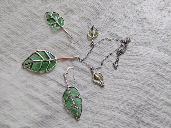 Eco Friendly Jewelry Set - Elm Leaf & Seeds Necklace and Earrings from Green Bottle Glass