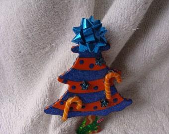 Gator Fan -- Ready for Christmas -- WOW great pin.....