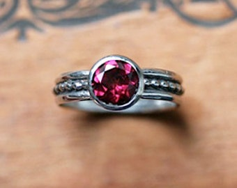 Rhodolite garnet ring silver, January birthstone ring, oxidized silver ring, pink stone ring, beaded ring, ready to ship size 6.5, Crush