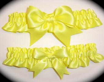 Gorgeous Yellow Pinepple Keepsake and Toss Wedding Garter Set BB