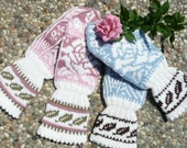 Helene mitten pattern offered in ENGLISH and NORWEGIAN text