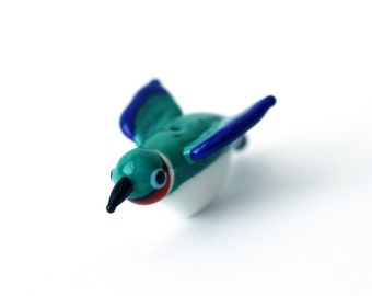 Humming bird bead