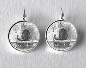 Silver Circle Earrings Cheshire Cat Alice in Wonderland