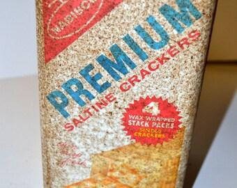 Vintage Nabisco Premium Saltine Crackers Can
