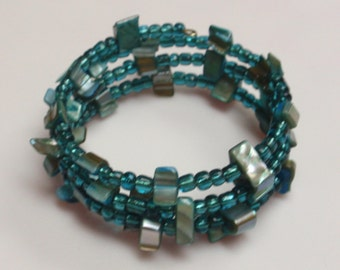 Teal shell bead memory wire bracelet