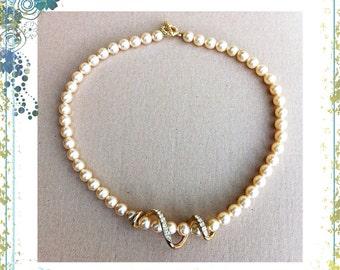 Vintage Faux Pearls Necklace with Diamanté Rhinestones Gold Tone Snake Coiled