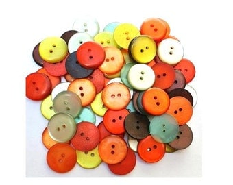 70 Vintage buttons shinning plastic  assorted 7 colors 19mm