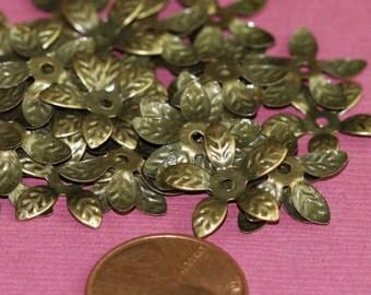 30 pcs of Antiqued brass finish filigree flower bead cap - 16mm