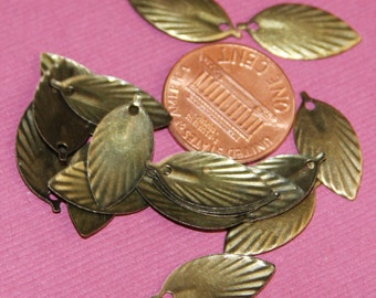 Bulk 500 pcs of antique Brass leaf 19x9mm